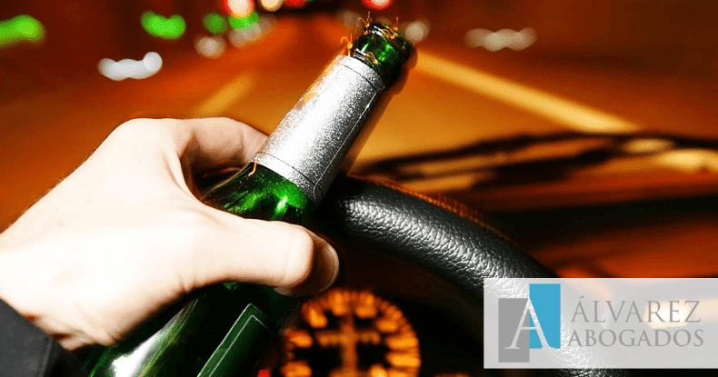 ¿Cuántas cervezas o cuántos vinos dan alcohol al volante?