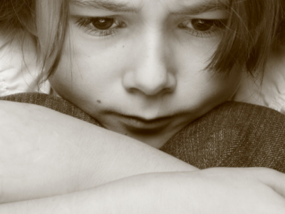 Violencia género: los niños en orden de protección