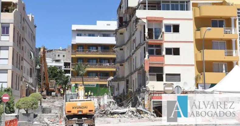 Urbanismo: edificio colapsado Los Cristianos
