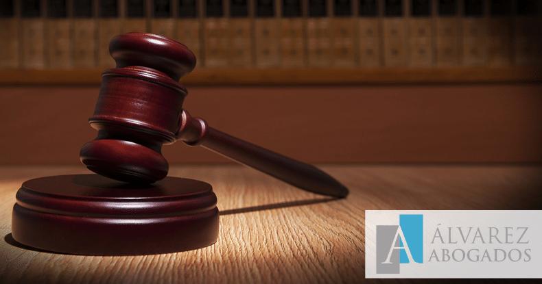 Derecho de defensa con abogado