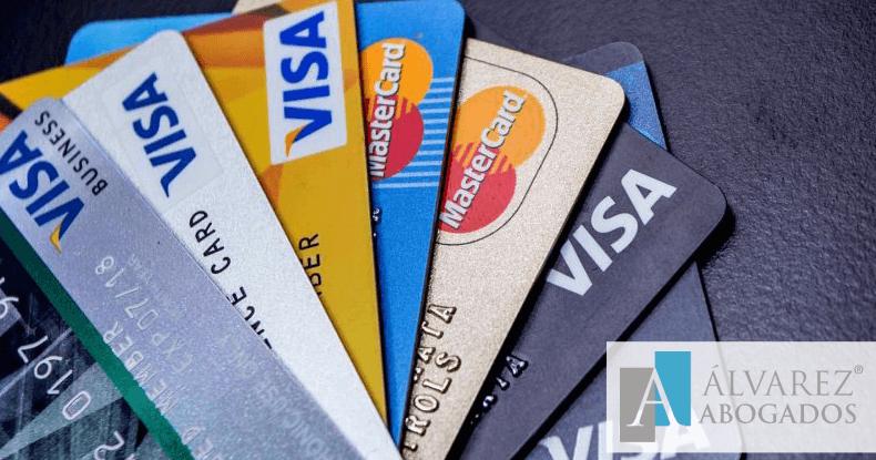 Tarjetas de crédito con intereses abusivos