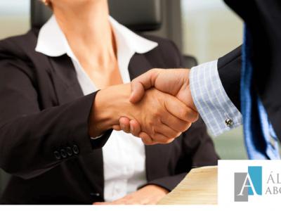 Relación contractual entre abogado y cliente