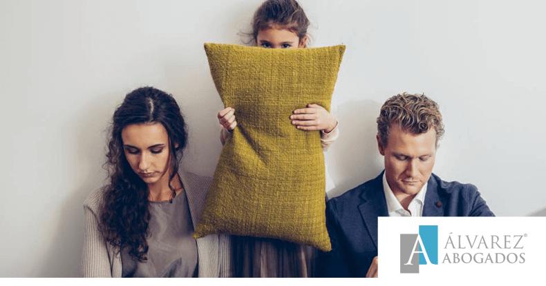Expareja no cumple la sentencia de divorcio